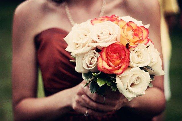 Come vestirsi ad un matrimonio